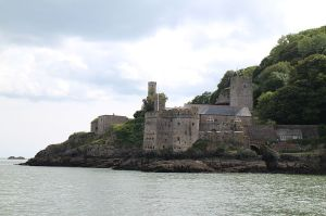 Dartmouth Castle, built in the 14th century, was quickly transformed by the threat of gunpowder-based weapons into a bastion to stop French attacks into the estuary. The far back wall dates to the original 14th century building.